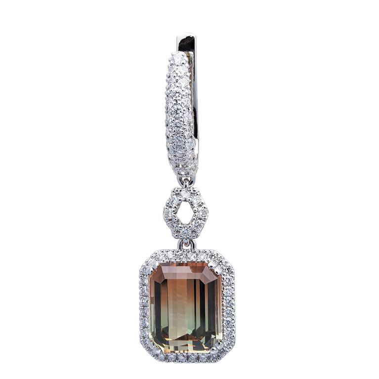 Серьги из белого золота со вставками из бриллиантов и турмалинов